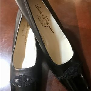 Ferragamo 7,5 AA classics pumps shoes excellent